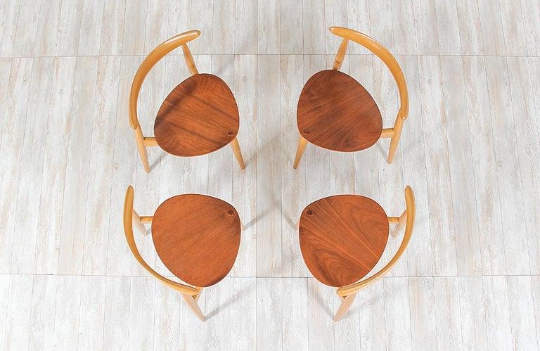 Hans J. Wegner 'Heart' Dining Chairs for Fritz Hansen For Sale 1