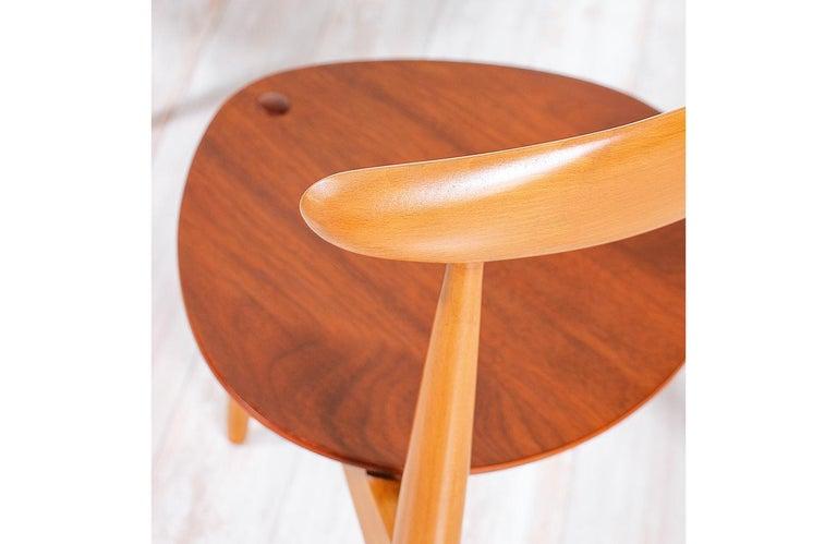 Hans J. Wegner 'Heart' Dining Chairs for Fritz Hansen For Sale 2