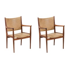 Hans J. Wegner JH-509 Walnut & LeathHans J. Weger Arm Chairs for Johannes Hansen