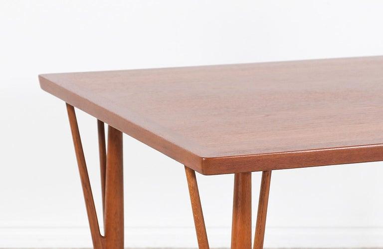 Hans J. Wegner JH-561 Dining Table / Desk for Johannes Hansen For Sale 5