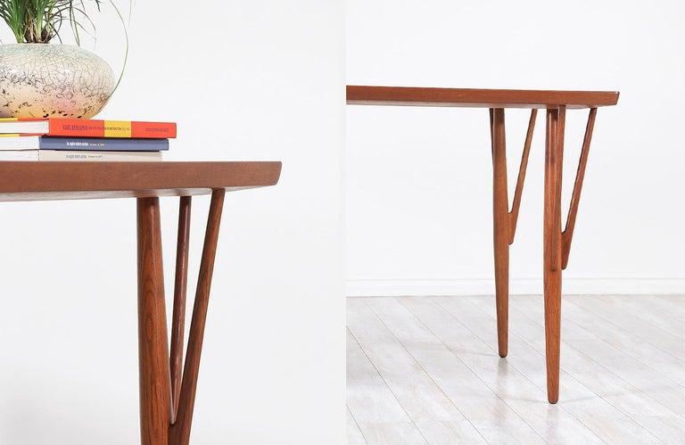 Hans J. Wegner JH-561 Dining Table / Desk for Johannes Hansen For Sale 8