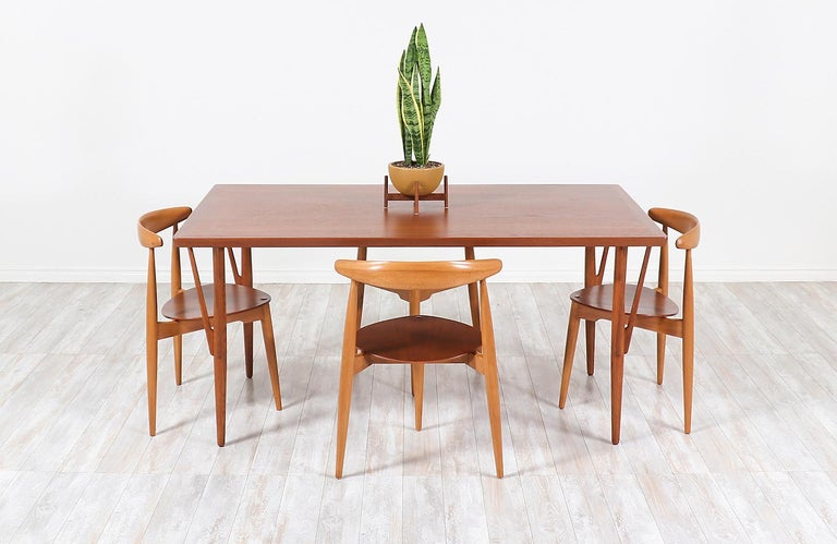 Danish Hans J. Wegner JH-561 Dining Table / Desk for Johannes Hansen For Sale