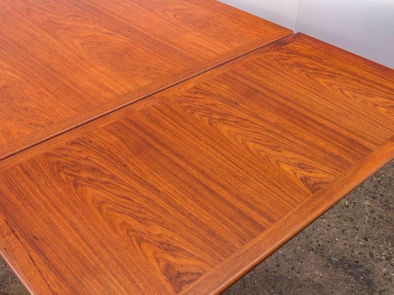 Hans J. Wegner JH570 Teak Dining Table for Johannes Hansen For Sale 4