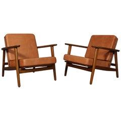 Hans J. Wegner Lounge Chair, Model 233, Cognac Aniline Leather
