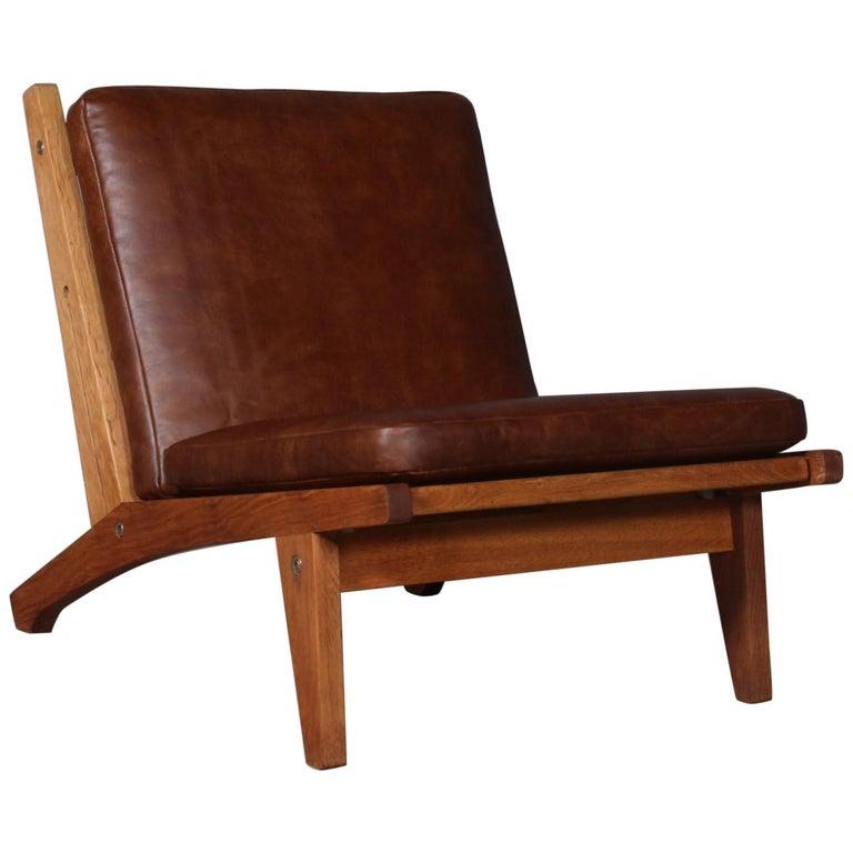 Hans J. Wegner Lounge Chair, Model GE-370 For Sale