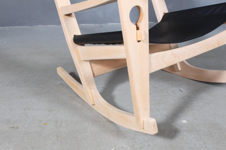 Late 20th Century Hans J. Wegner Lounge Chair / Rocking Chair For Sale