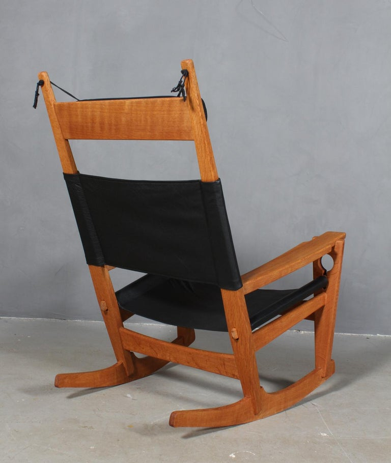 Hans J. Wegner Lounge Chair / Rocking Chair For Sale 2