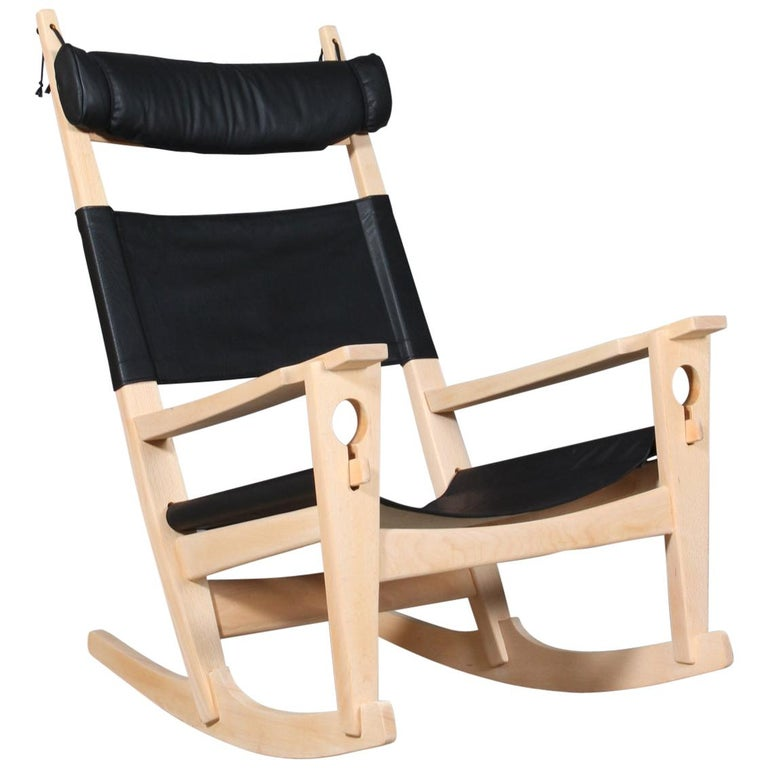 Hans J. Wegner Lounge Chair / Rocking Chair For Sale