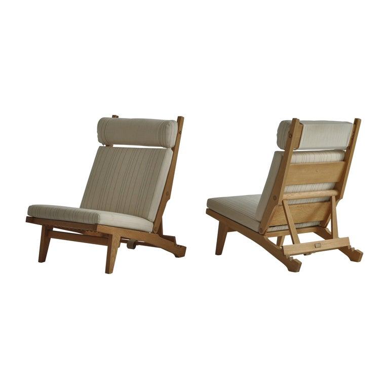 "Hans J. Wegner Lounge Chairs ""AP-71"", Oak & White Savak Wool, AP Stolen, 1968"