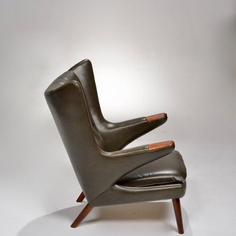 Danish Hans J. Wegner Model AP-19 'Papa Bear' Chair in Dark Green Leather For Sale