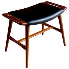 Hans J. Wegner Model AP-30 Teak Piano Stool Ottoman, circa 1960
