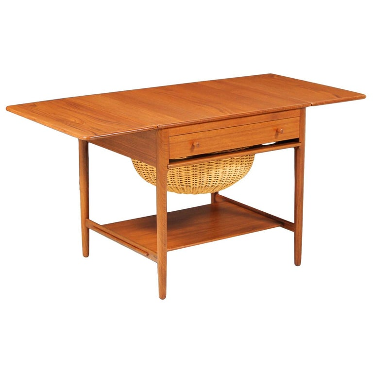 Hans J. Wegner Model AT-33 Sewing Table for Andreas Tuck For Sale