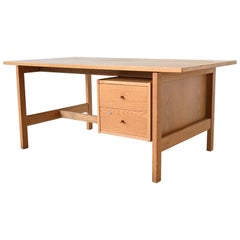 Hans J. Wegner Model GE 125 Desk GETAMA Oak, Denmark, 1970