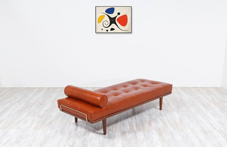 Danish Hans J. Wegner Model GE19 Cognac Leather Daybed for GETAMA For Sale