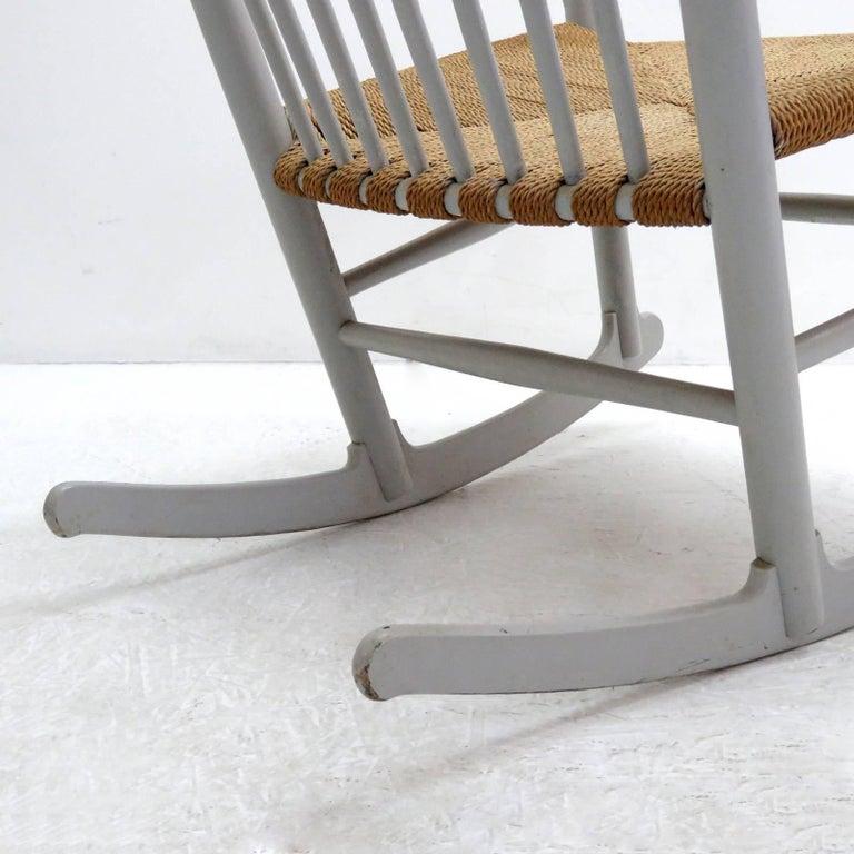 Mid-20th Century Hans J. Wegner Model J16 Rocking Chair, 1961 For Sale