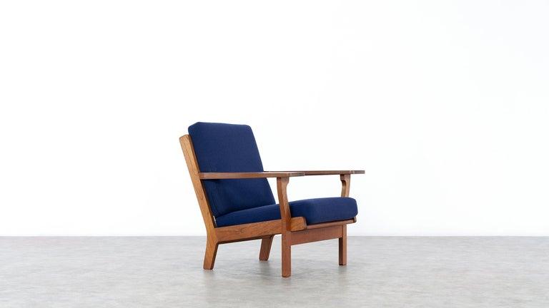 Hand-Crafted Hans J. Wegner, Original 1956, Lounge Chair Armchair GE-320 by GETAMA, Denmark For Sale