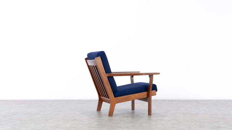 Hans J. Wegner, Original 1956, Lounge Chair Armchair GE-320 by GETAMA, Denmark In Good Condition For Sale In Munster, NRW
