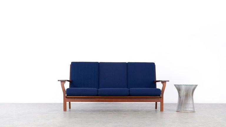 Hans J. Wegner, Original 1956, Teak 3-Seat Sofa GE-320 by GETAMA, Denmark For Sale 3