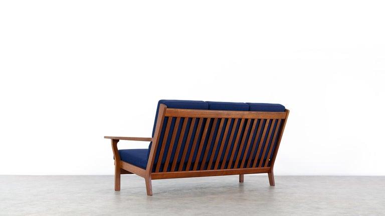 Mid-20th Century Hans J. Wegner, Original 1956, Teak 3-Seat Sofa GE-320 by GETAMA, Denmark For Sale