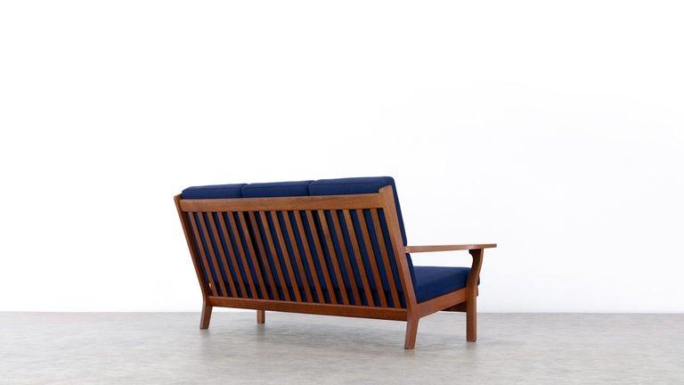 Hans J. Wegner, Original 1956, Teak 3-Seat Sofa GE-320 by GETAMA, Denmark For Sale 2