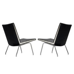 Hans J. Wegner Pair of Airport Slipper Chairs