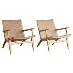 "Hans J. Wegner Pair of Easy Chairs ""CH 25"" for Carl Hansen"