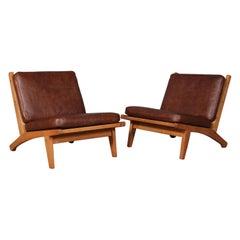 Hans J. Wegner Pair of Lounge Chairs, Model GE-370
