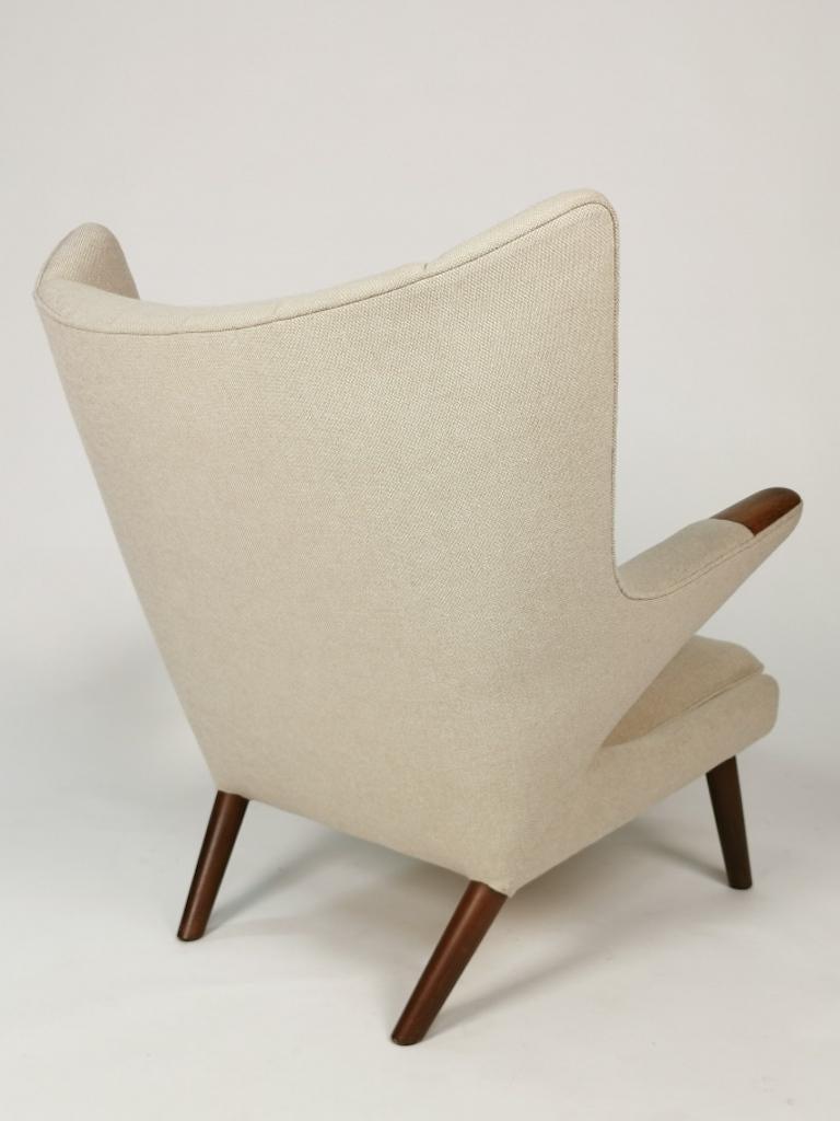 Mid-20th Century Hans J. Wegner, Papa Bear Easy Chair by Johannes Hansen For Sale