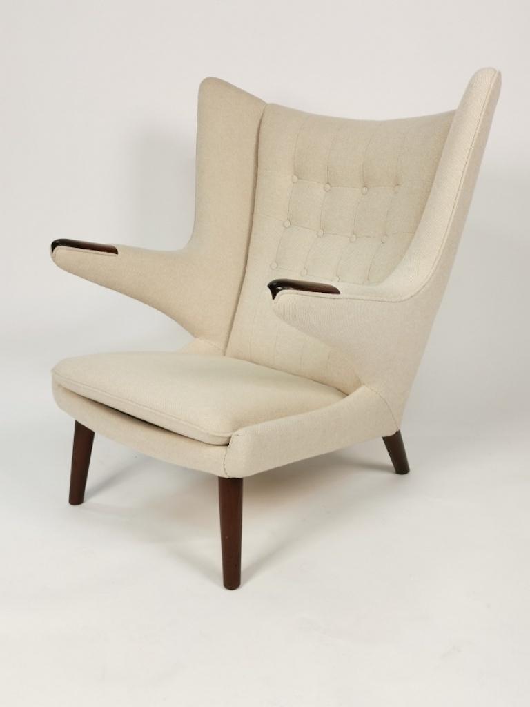 Hans J. Wegner, Papa Bear Easy Chair by Johannes Hansen For Sale 1