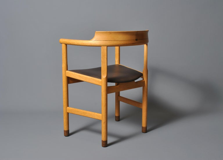 Hans J Wegner PP52 Chairs In Good Condition For Sale In London, GB