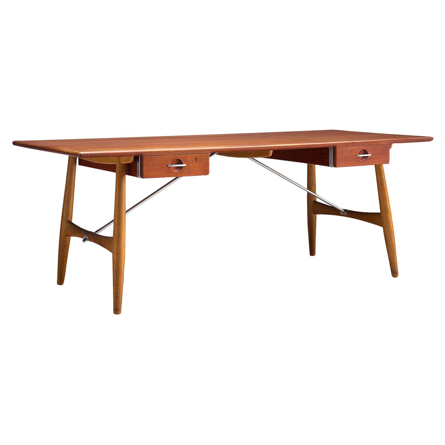 Hans J. Wegner Rare Desk Model 'JH571' in Oak