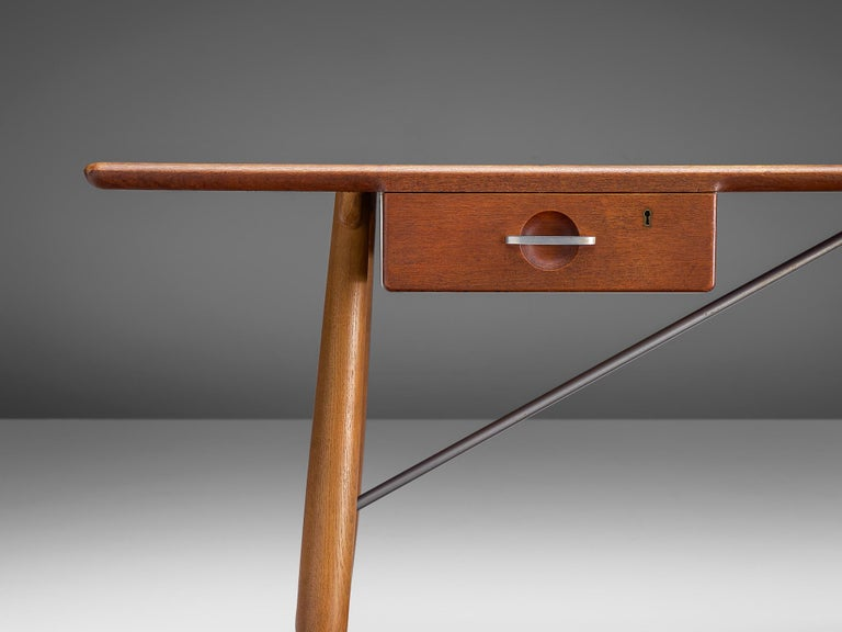 Hans J. Wegner Rare 'JH572' Architect's Desk, 1953 For Sale 4