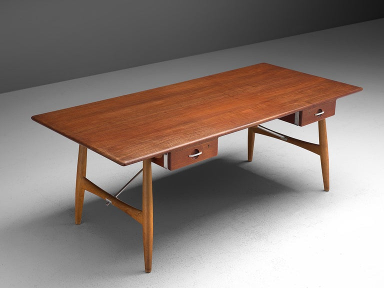 Hans J. Wegner Rare 'JH572' Architect's Desk, 1953 In Good Condition For Sale In Waalwijk, NL