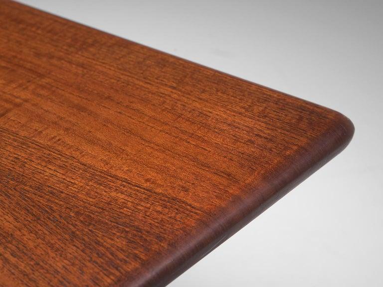 Hans J. Wegner Rare 'JH571' Desk in Oak For Sale 6