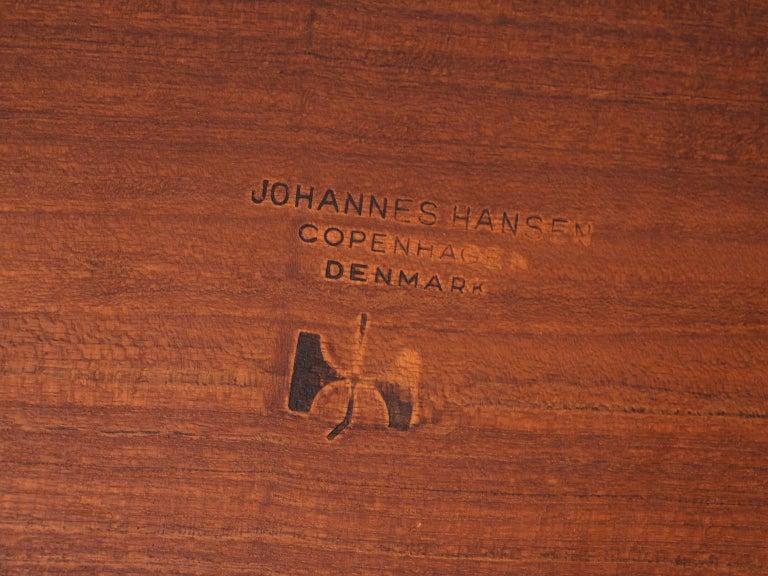 Hans J. Wegner Rare 'JH571' Desk in Oak For Sale 7