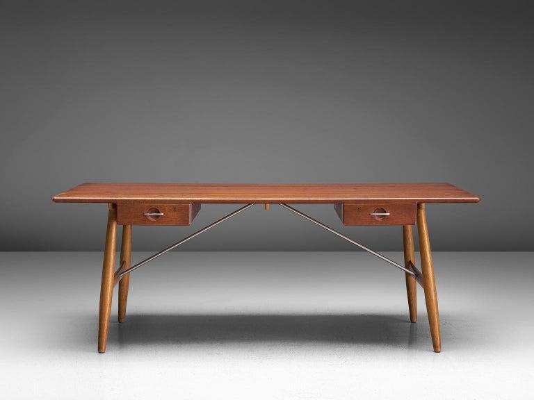 Mid-20th Century Hans J. Wegner Rare 'JH571' Desk in Oak For Sale
