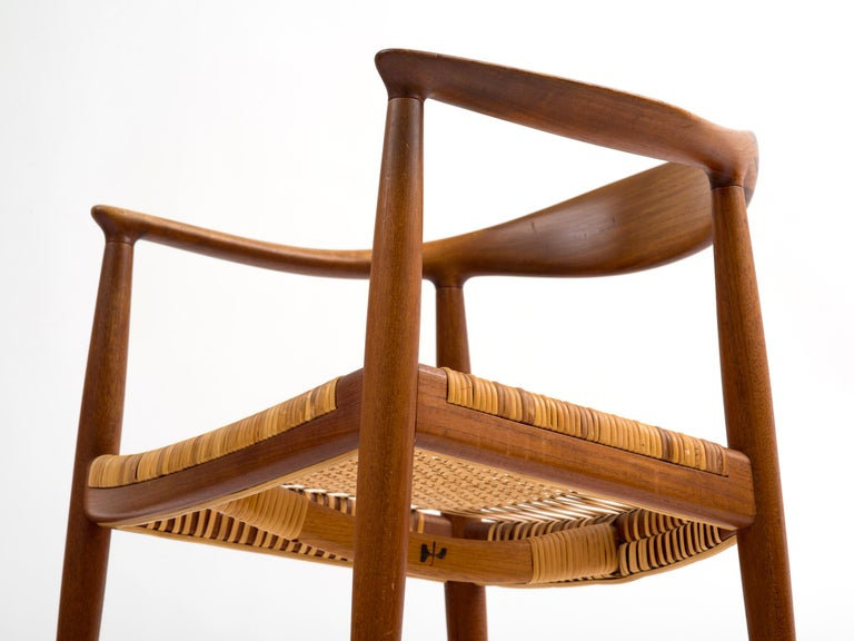Hans J Wegner The Chair Model JH501 in Teak with Original Cane Seat  For Sale 2