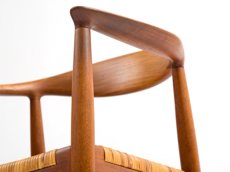 Hans J Wegner The Chair Model JH501 in Teak with Original Cane Seat  For Sale 3