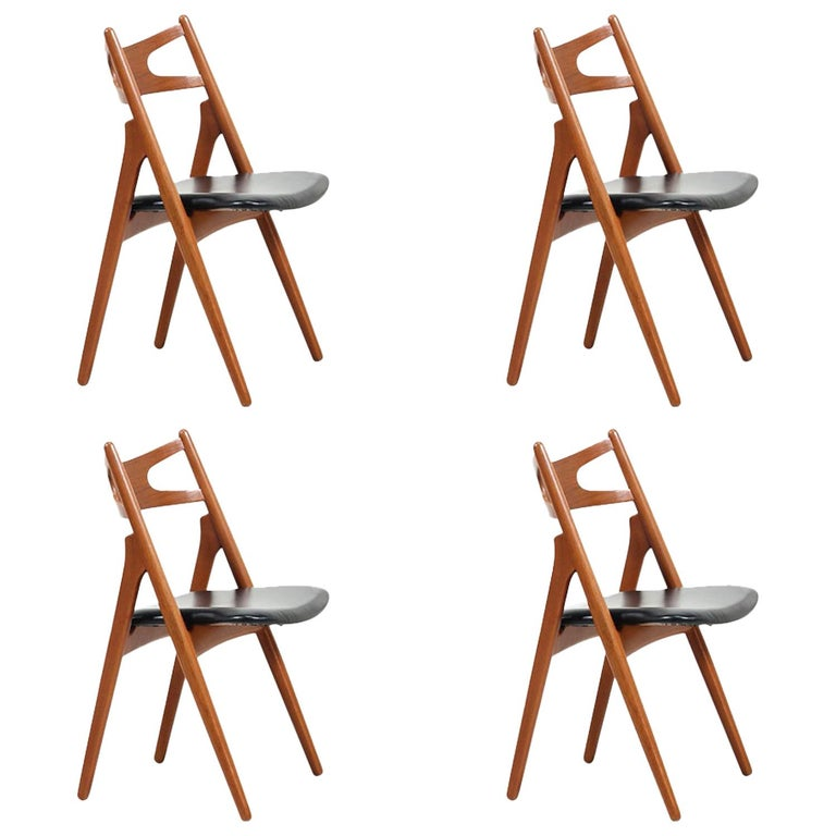 "Hans J. Wegner ""Sawbuck"" CH-29 Dining Chairs for Carl Hansen & Søn For Sale"