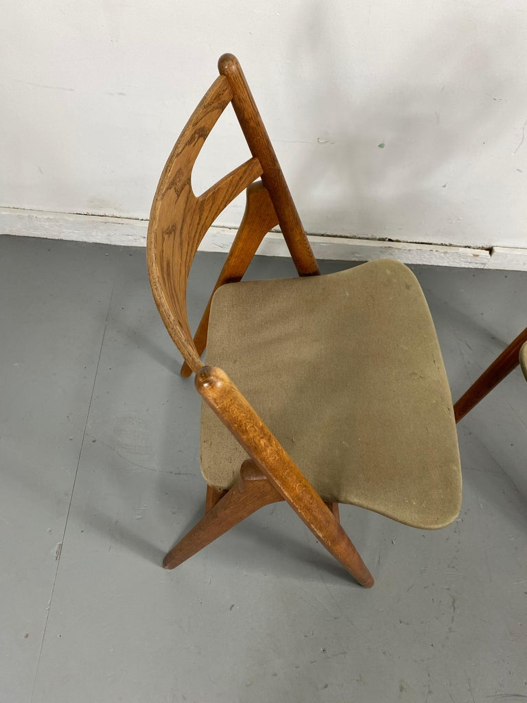 Fabric Hans J. Wegner Set of Four Sawbuck Chairs, Early Set in Oak, circa 1952, Denmark For Sale
