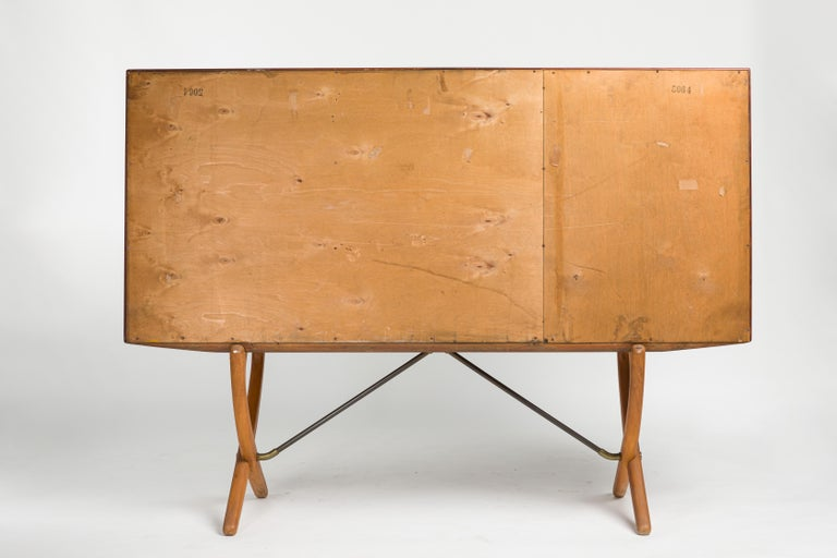 Hans J Wegner Sideboard CH304 with Crossed Legs, Model CH 304 Midcentury, 1950s For Sale at 1stdibs