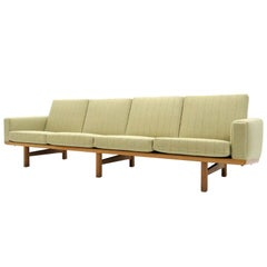 Hans J. Wegner Sofa Model GE-236/4