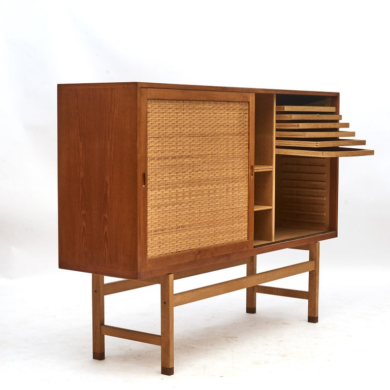 Hans J. Wegner, Tall Sideboard in Oak with Doors of Cane 13