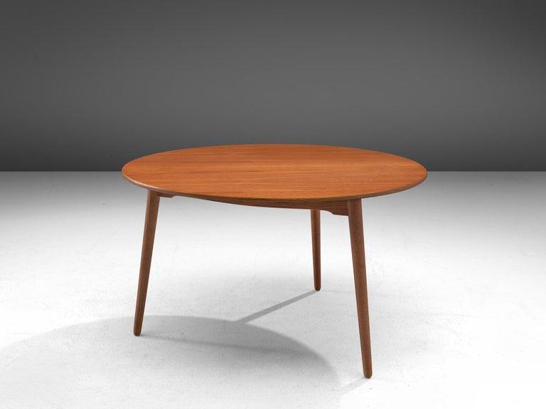 Patinated Teak and Oak 'Heart' dining room set by Hans J. Wegner for Fritz Hanse For Sale 2