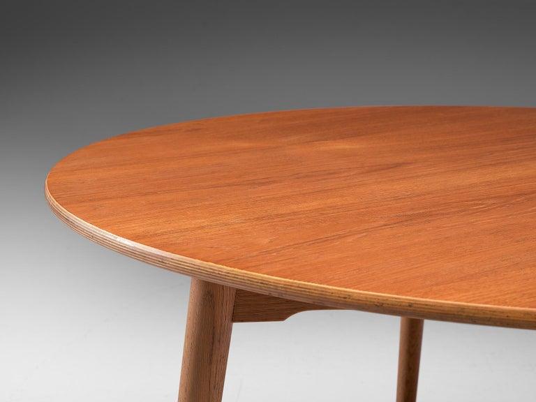 Patinated Teak and Oak 'Heart' dining room set by Hans J. Wegner for Fritz Hanse For Sale 3
