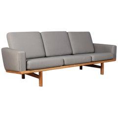 Hans J. Wegner Three-Seat Sofa Model 236/3 Kvadrat Fabrique and Oak