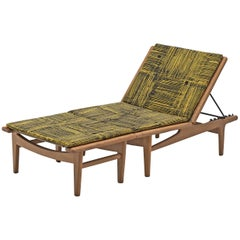 Hans J. Wegner Versatile Chaise Lounge or Daybed in Oak