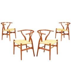 "Hans J. Wegner ""Wishbone"" CH-24 Dining Chairs for Carl Hansen & Søn"