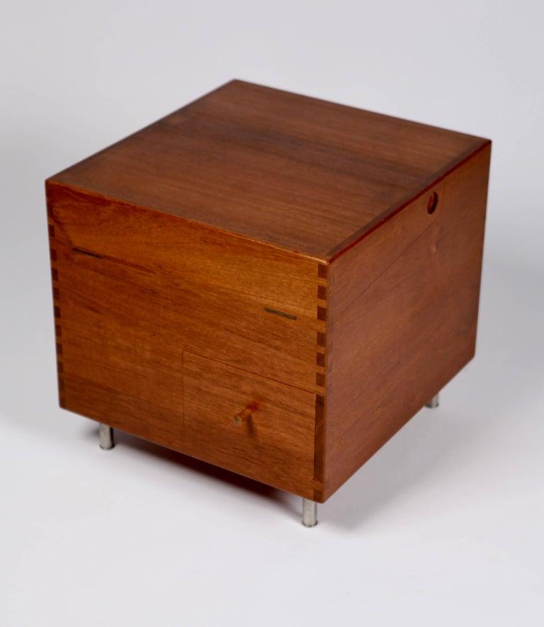 Wegner, Minibar, Modellnr. AT34 ca. 1959, Teak 4