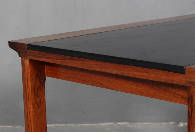 Hans Olsen Coffee Table of Rosewood and Leather In Good Condition For Sale In Esbjerg, DK